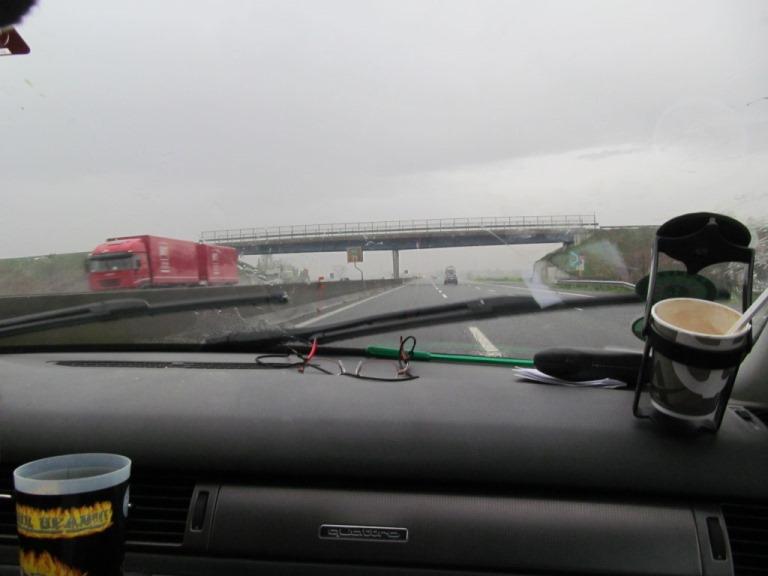 """""""was´n das wieder für Scheisse"""" würde unser Freund Lefteris sagen - """"500 km Regen durch Italien"""""""