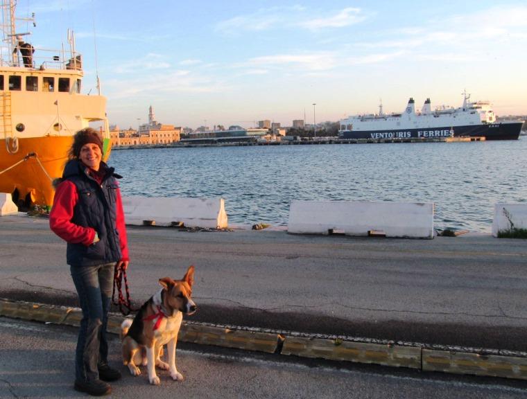 Abendsonne am Hafen in Bari IT, danach gingen wir auf unser Schiff Richtung Peleponnes Patra GR