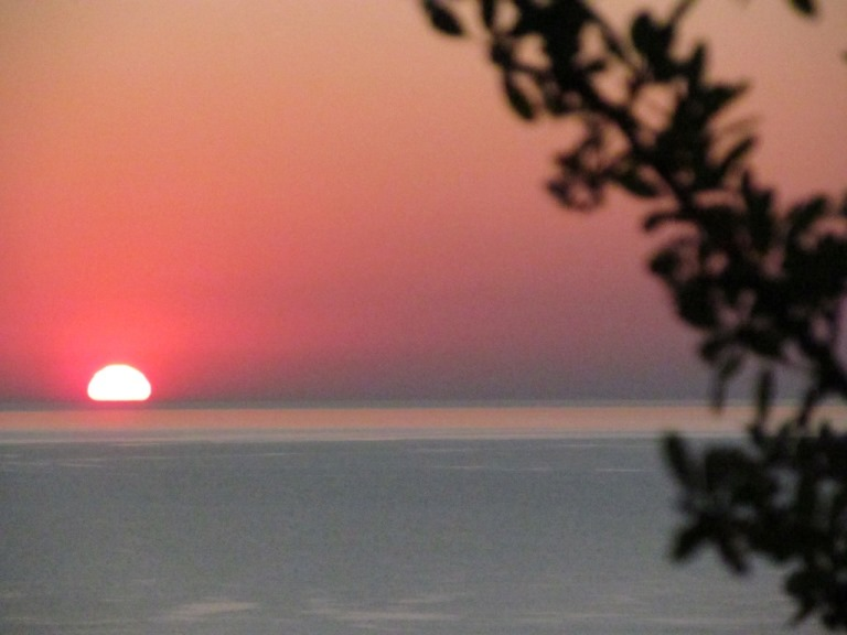 Sonnenaufgang auf der Peleponnes in Griechenland bei Nomia, Monemvasia