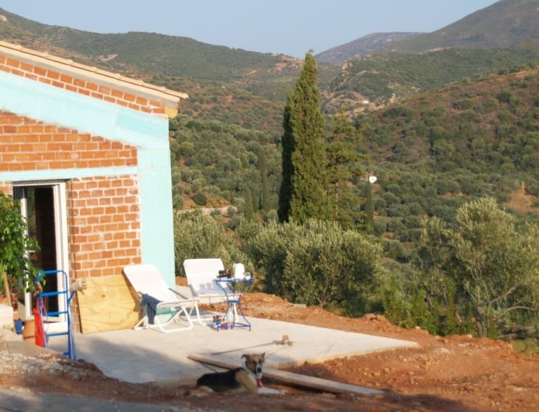 Sep 2014 - die Terrasse vor der Küche