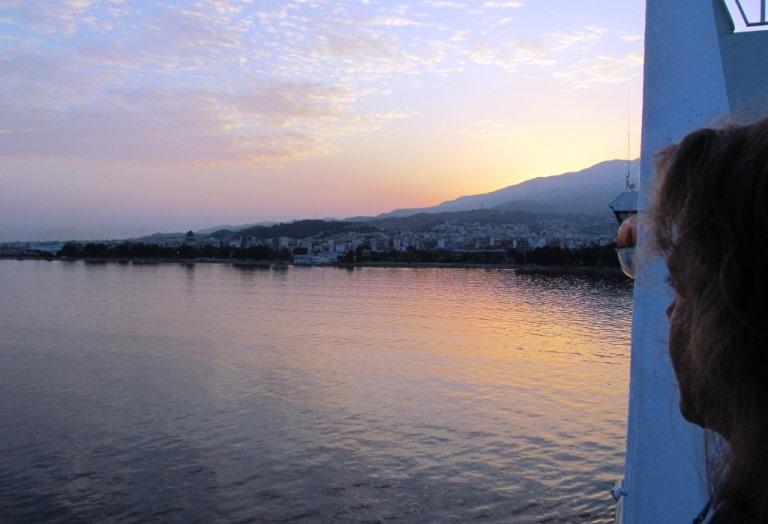 06:00 h Griechischer Zeit, Ankunft mit der Superfast 1 am Hafen in Patras