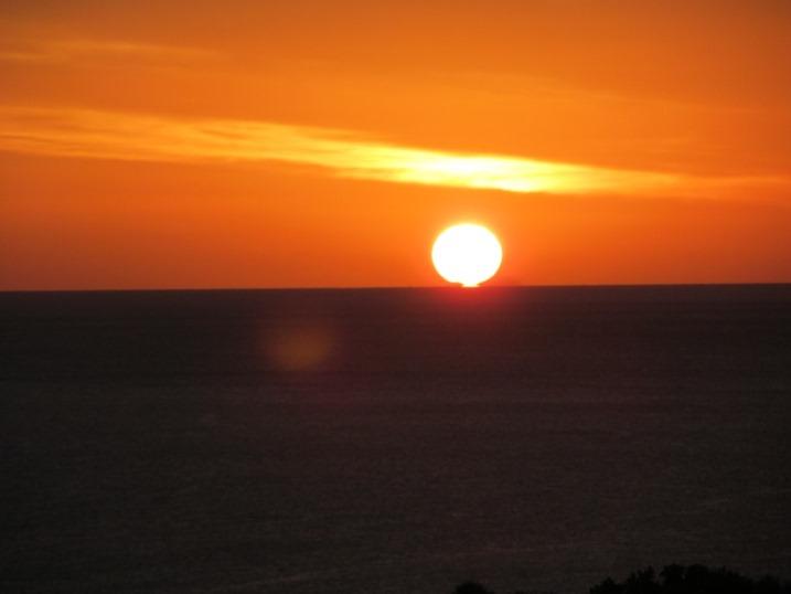 regelmäßig am Morgen begrüßt uns so die aufgehende Sonne