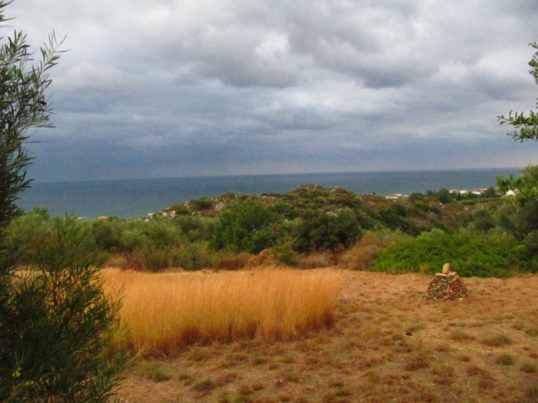 so begrüßt uns der letzte Morgen - gut für das Land, es gibt, es gibt nach über 5 Monaten richtigen ausgiebigen Regen