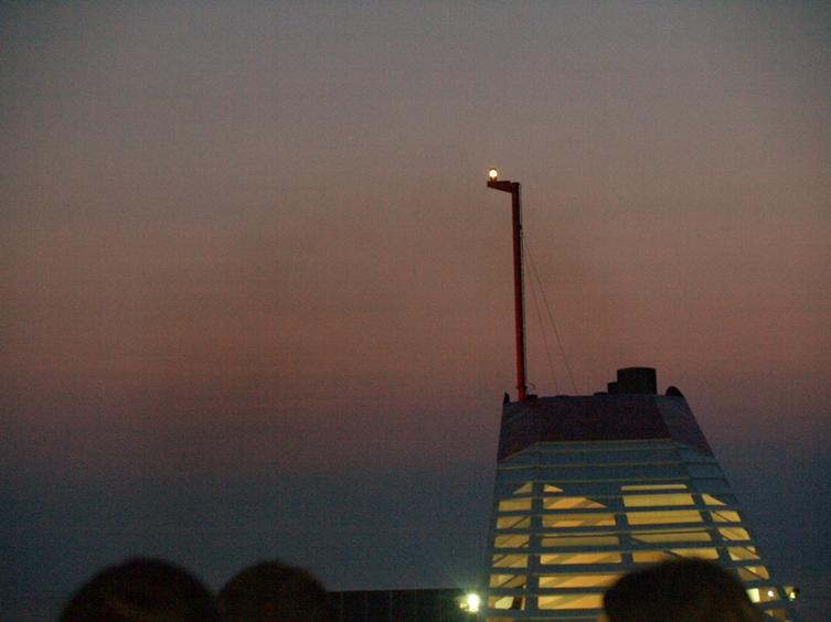 stimmungsvolle Überfahrt in der Nacht von Italien nach Griechenland