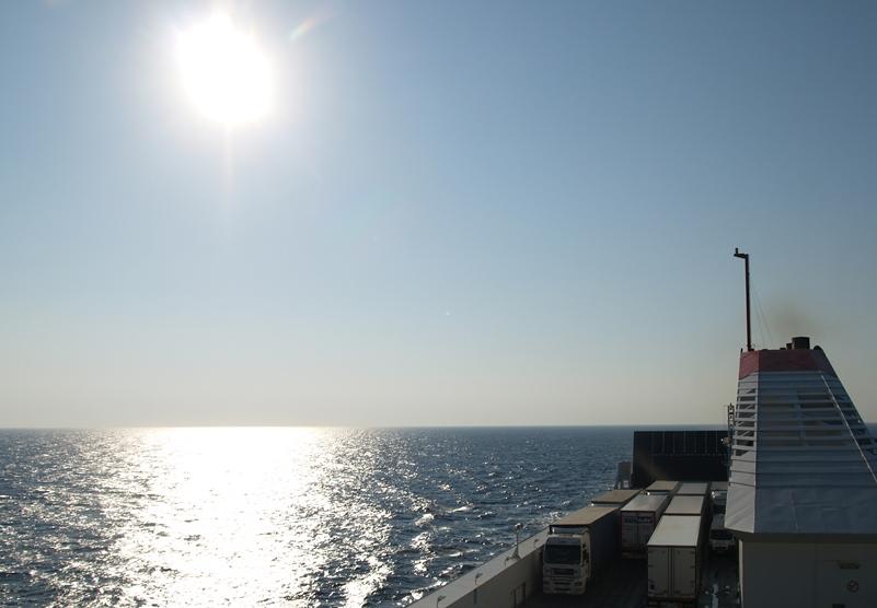 """Am frühen Morgen vor Ankunft in Bari IT wurde uns schon bewusst """"es wird eine heiße Fahrt"""" durch Italien nach Hause werden"""