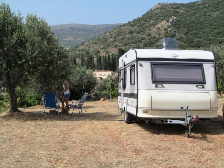 Danke an Christa und Wolfgang, dass wir unseren Wohnwagen auf Ihrem Grundstück abstellen durften