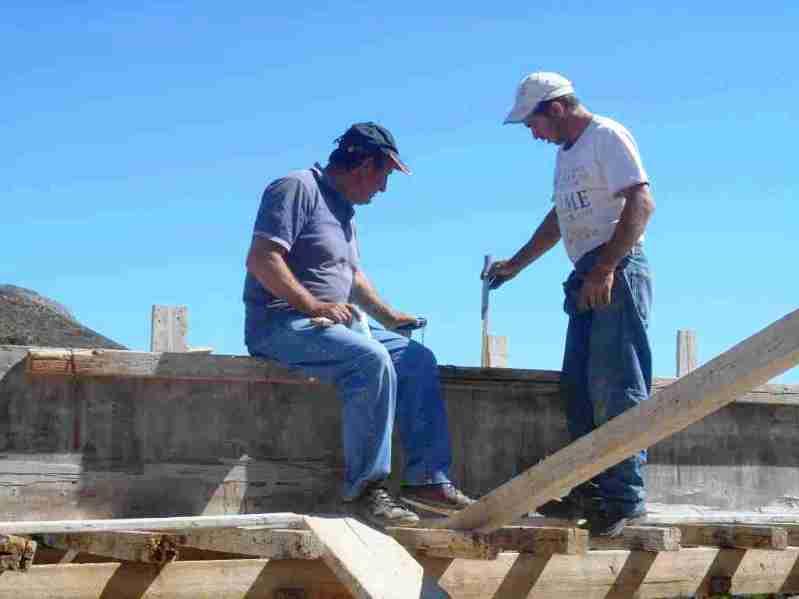genau ausmessen und rechnen wie viel Beton bestellt werden muss