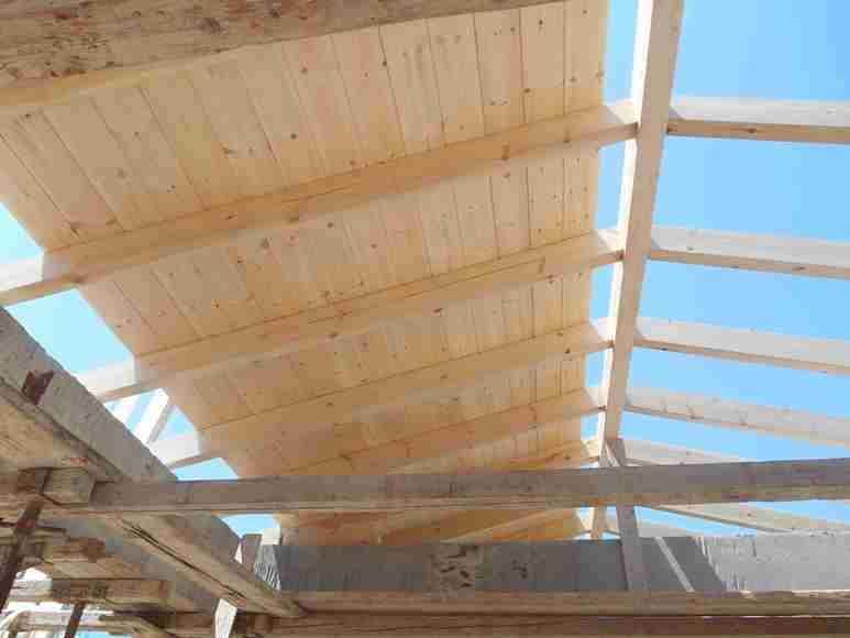 Innenansicht des Daches mit Aufdach-Isolierung