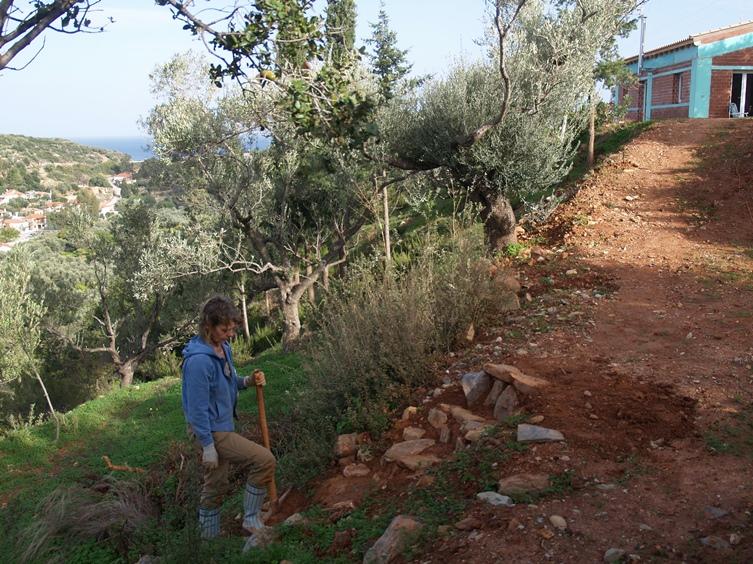 durch die Neugestaltung der Wohnwagen Terrasse muss eine neue Treppe gebaut werden