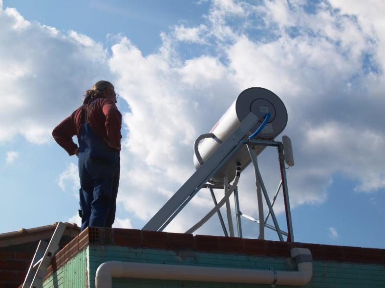letzte Feinheiten am Solar und der Tip Link Internetantenne