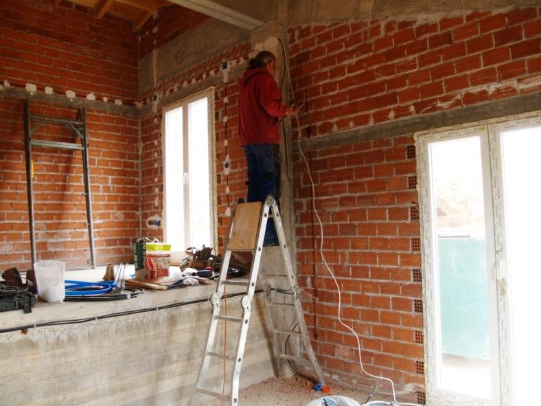 Elektro Installation im Wohn- und Essbereich